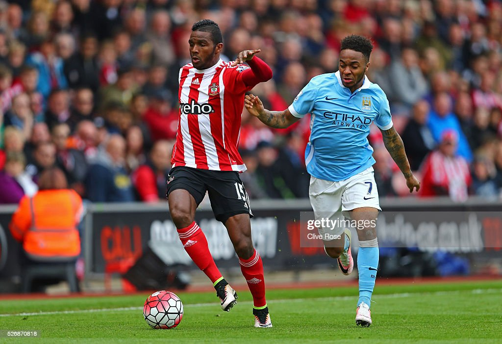 <a gi-track='captionPersonalityLinkClicked' href=/galleries/search?phrase=Cuco+Martina&family=editorial&specificpeople=8606289 ng-click='$event.stopPropagation()'>Cuco Martina</a> of Southampton evades <a gi-track='captionPersonalityLinkClicked' href=/galleries/search?phrase=Raheem+Sterling&family=editorial&specificpeople=6489439 ng-click='$event.stopPropagation()'>Raheem Sterling</a> of Manchester City during the Barclays Premier League match between Southampton and Manchester City at St Mary's Stadium on May 1, 2016 in Southampton, England.