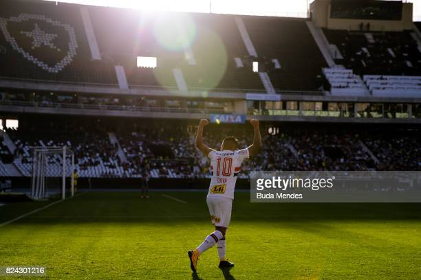 Cueva of Sao Paulo celebrates a scored goal during a match between Botafogo and Sao Paulo as part of Brasileirao Series A 2017 at Nilton Santos...