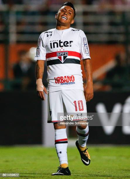 Cueva of Sao Paulo reacts during the match between Sao Paulo v Atletico PR for the Brasileirao Series A 2017 at Pacaembu Stadium on October 14 2017...