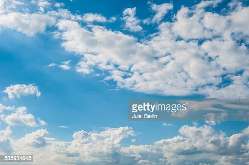Cumulus clouds : Stock Photo