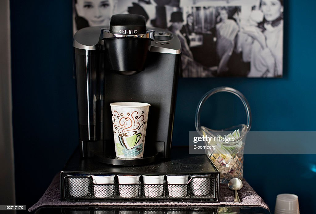 Keurig Coffee Maker Green : Keurig Green Mountain Inc. Product Illustrations Ahead Of Earnings Figures Getty Images