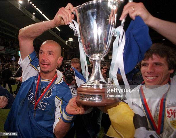 Cup Winners Cup Final 13th MAY 1998 Stockholm Sweden Chelsea 1 v Stuttgart 0 Chelsea's manager Gianluca Vialli and goal scorer Gianfranco Zola hold...