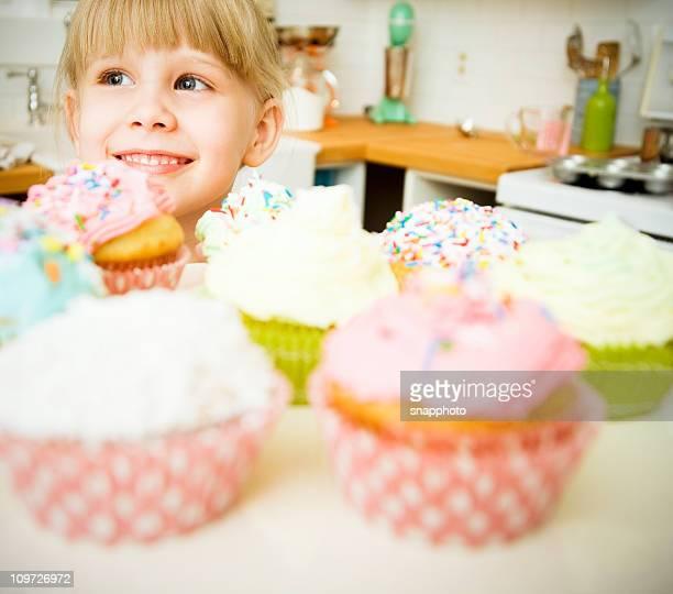Cupcakes et enfant