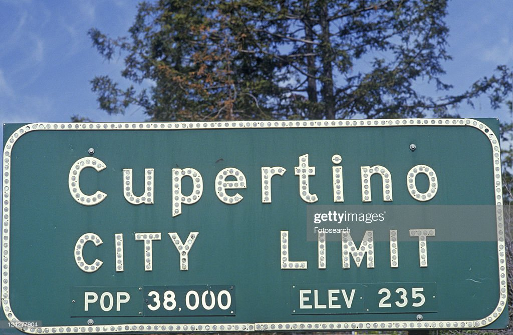 ôCupertino City Limitö sign, Cupertino, Silicon Valley