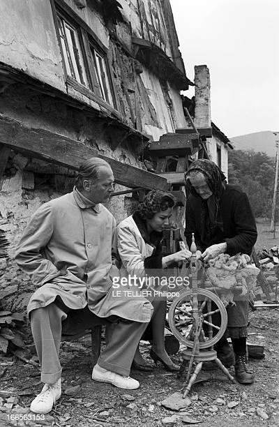 Curd Jurgens Marries Simone Bicheron Allemagne Fédérale 17 Septembre 1958 Dans la forêt Rhénane l'acteur de cinéma autrichien et allemand Curd...