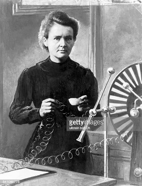 Curie Marie *07111867Wissenschaftlerin Physikerin Chemikerin Polen/Frankreich Nobelpreistraegerin im Labor bei einem physikalischenExperiment...