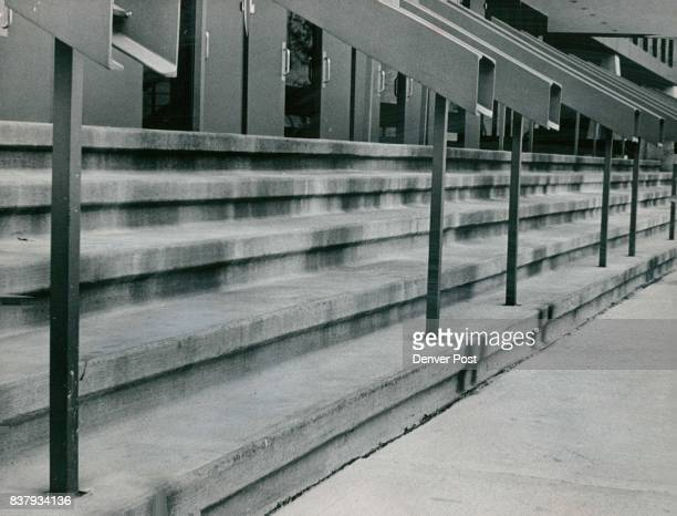 Currigan Exhibition Hall Steps Are Being Stained By Rusting Panels Planned oxidation of steel panel walls has discolored concrete because of...