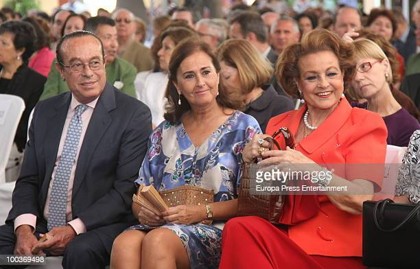 Curro Romero Carmen Tello and Carmen Sevilla attend the Seville Golden Medal Ceremony at Seville Province Day on May 23 2010 in Seville Spain