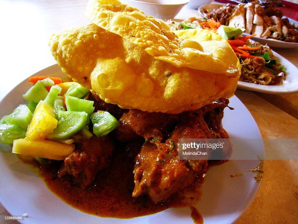 Curry chicken crispy : Stock Photo