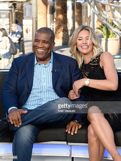 Curt Menefee and Charissa Thompson visit 'Extra' at Universal Studios Hollywood on November 10 2016 in Universal City California