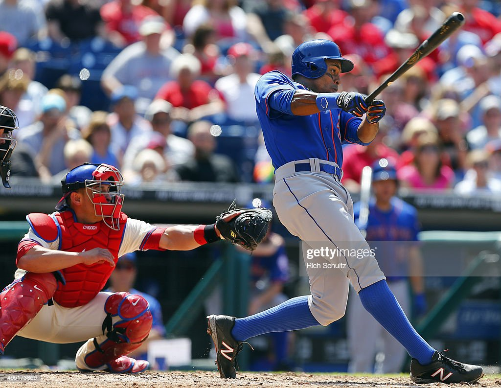 <a gi-track='captionPersonalityLinkClicked' href=/galleries/search?phrase=Curtis+Granderson&family=editorial&specificpeople=546997 ng-click='$event.stopPropagation()'>Curtis Granderson</a> #3 of the New York Mets hits a sacrifice fly that scores Eric Campbell #29 in the sixth inning in a game at Citizens Bank Park on June 1, 2014 in Philadelphia, Pennsylvania. The Mets defeated the Phillies 4-3 in eleven innings.