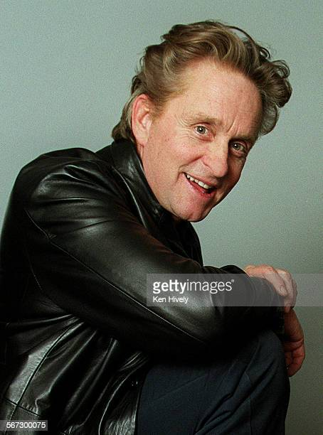 Curtis Hansen director and Michael Douglas the star of the new film Wonder Boys which opens Feb25 2000 Photo taken Feb4 2000 001634CA0204douglasKH...