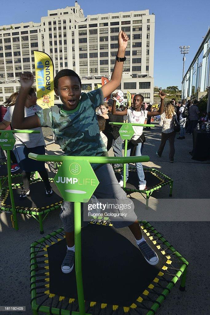 Curtis Harris Jr. attends the Nickelodeon And Brooklyn Bridge Park Host Mini-Triathlon on September 19, 2013 in New York City.
