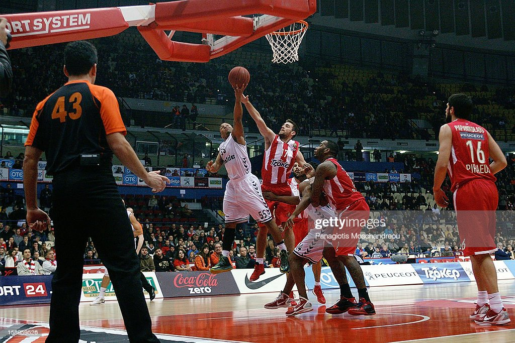 Curtis Jerrells, #55 of Besiktas JK Istanbul in action during the 2012-2013 Turkish Airlines Euroleague Top 16 Date 2 between Olympiacos Piraeus v Besiktas JK Istanbul at Peace and Friendship Stadium on January 4, 2013 in Athens, Greece.