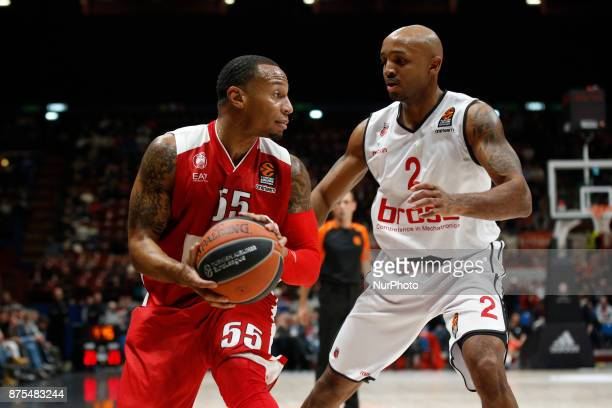 Curtis Jerrells looks for a pass during a game of Turkish Airlines EuroLeague basketball between AX Armani Exchange Milan vs Brose Bamberg at...