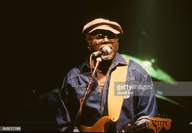 Curtis Mayfield Musician Singer Soul USA performing 101986
