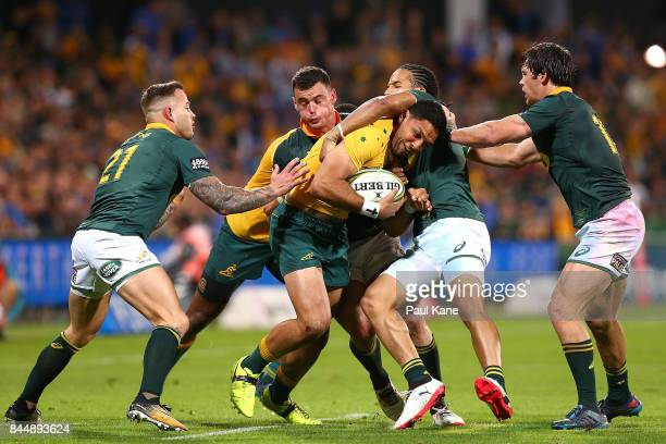 Curtis Rona of Australia runs the ball during The Rugby Championship match between the Australian Wallabies and the South Africa Springboks at nib...
