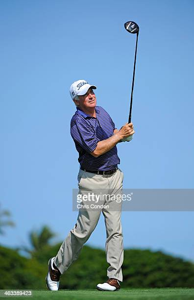 KA'UPULEHUKONA HI JANUARY 17 Curtis Strange plays from the second tee during the first round of the Mitsubishi Electric Championship at Hualalai Golf...