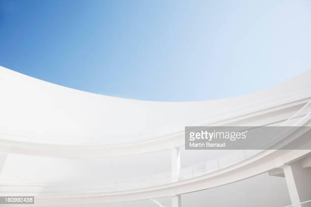 Curving elevated walkways