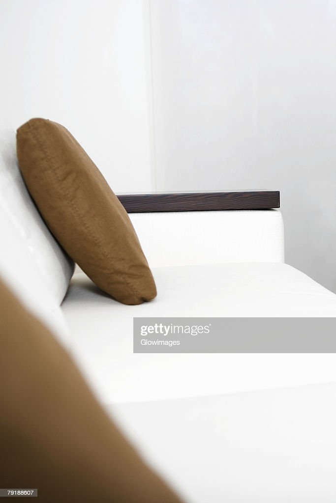 Cushion on a couch in a living room : Foto de stock