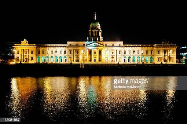 Custom House at night, Dublin