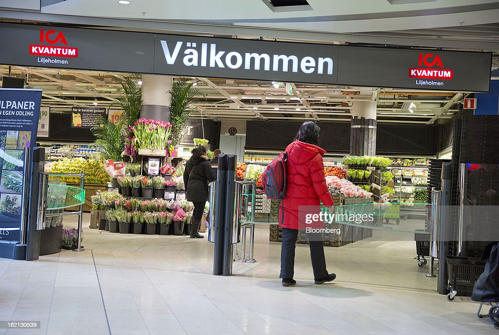 A customer enters an ICA supermarket store in Stockholm, Sweden, on Tuesday, Feb. 19, 2013. Hakon Invest AB, the minority owner of Sweden's largest food retailer ICA, agreed to take full control by acquiring partner Royal Ahold NV's 60 percent stake for 20 billion kronor ($3.1 billion). Photographer: Casper Hedberg/Bloomberg via Getty Images