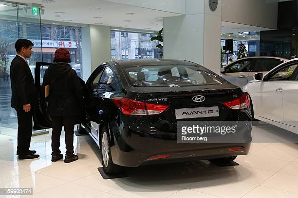 Avante stock photos and pictures getty images for Hyundai motors customer service