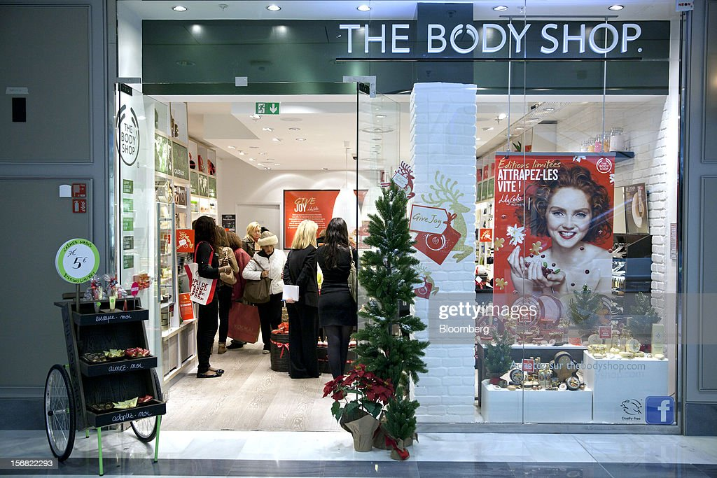 Customers are seen inside the Body Shop store, owned by L'Oreal SA, at the So Ouest Shopping Mall in Paris, France, on Wednesday, Nov. 21, 2012. Body Shop International Plc Chief Executive Officer Sophie Gasperment has introduced organic lines and updated products like Hemp Hand Protector with Community Fair Trade ingredients after L'Oreal, the world's largest maker of cosmetics, bought the company in 2006. Photographer: Balint Porneczi/Bloomberg via Getty Images