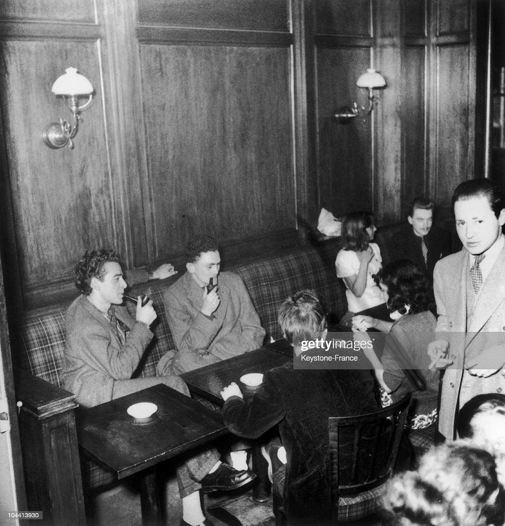 Customers at Cafe de FLORE on June 2 1948