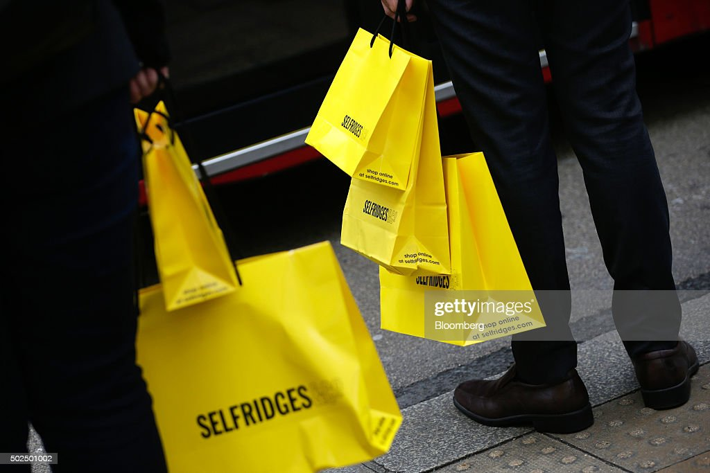 Shoppers Out To Bag Bargains On The First Day Of The Holiday Sales ...