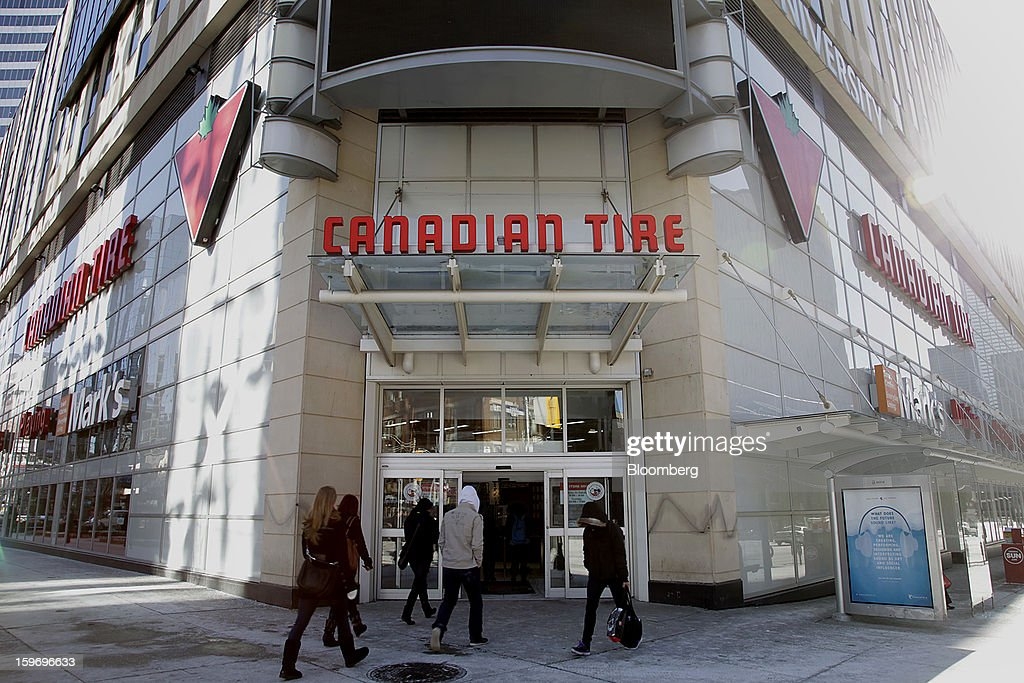 Customers enter a Canadian Tire Corp. store in Toronto, Ontario, Canada, on Friday, Jan. 18, 2013. STCA - Statistics Canada is scheduled to release retail sales data on Jan. 21. Photographer: Reynard Li/Bloomberg via Getty Images