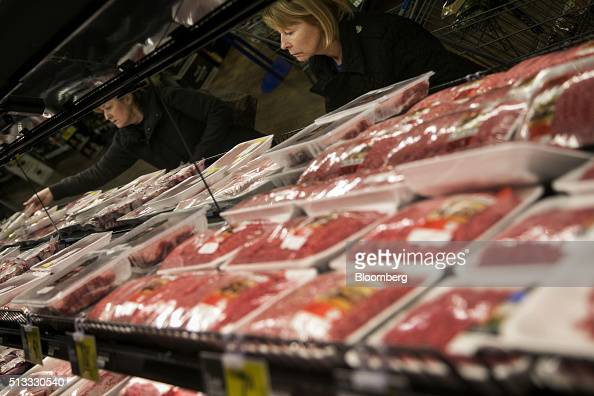 Customers shop for meat at a Kroger Co grocery store in Birmingham Michigan US on Tuesday March 1 2016 Kroger Co is scheduled to release earnings...