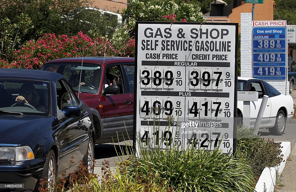 Customers wait in line to purchase gas at a gas station on June 12, 2012 in San Anselmo, California. According to the Energy Department's weekly fuel survey, the average pump price in California dropped 9.6 cents in the past week to bring the price of a gallon of regular gasoline to $4.164 compared to $4.260 one week earlier.