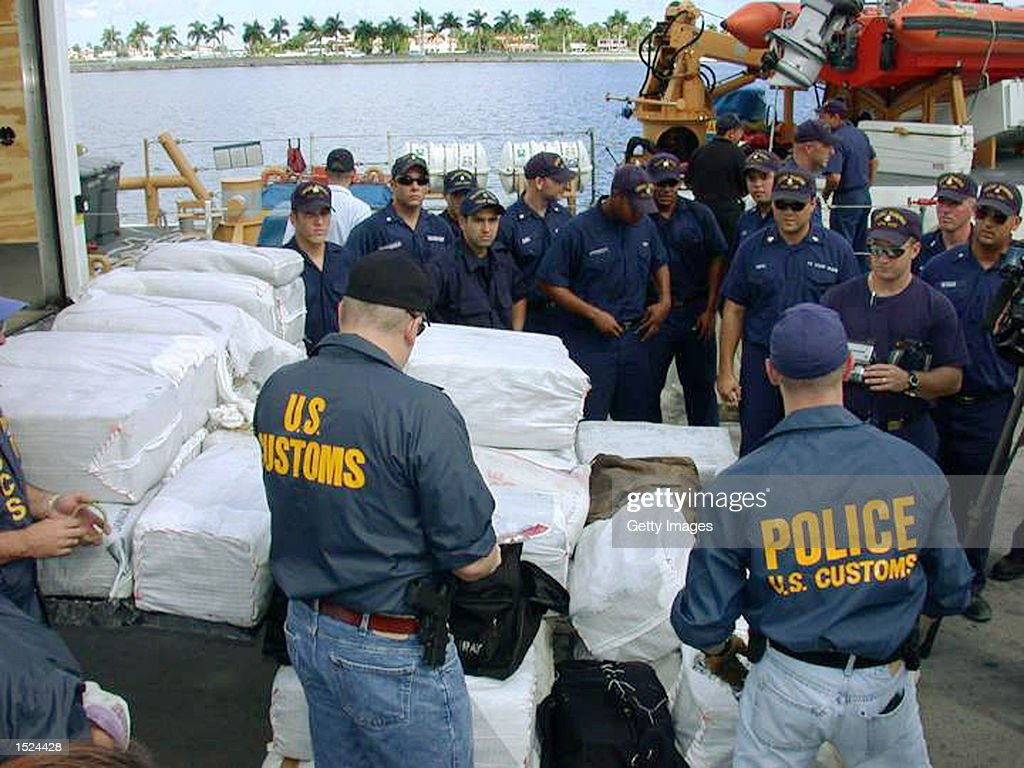 US Customs Service Agents Intercept Drugs Pictures Getty Images - Us customs miami map