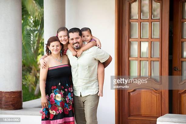 Fofo e alegre Família