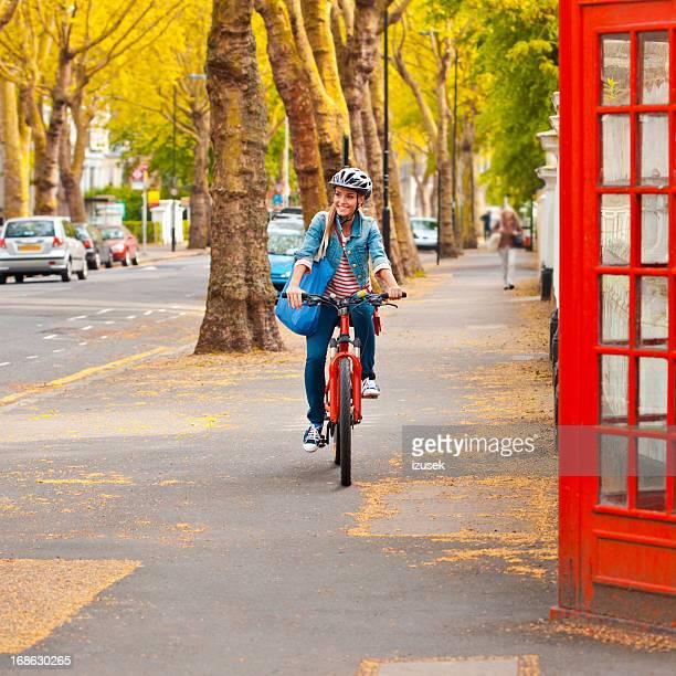 Jolie fille à Londres