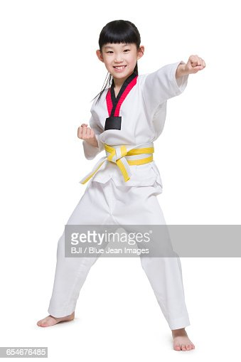 showing tae kwon do to a homeless man Tae kwon do jesus is who i represent, hapkido is just a gift he gives me  and finds the time to invest in the homeless in her community  itf taekwondo.