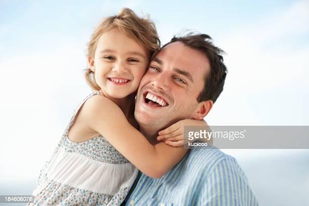 Linda chica con padre