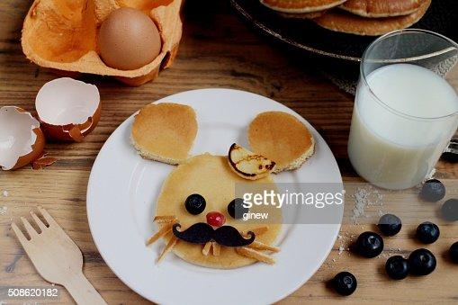 Cute little mouse pancake kids breakfast : Stock Photo