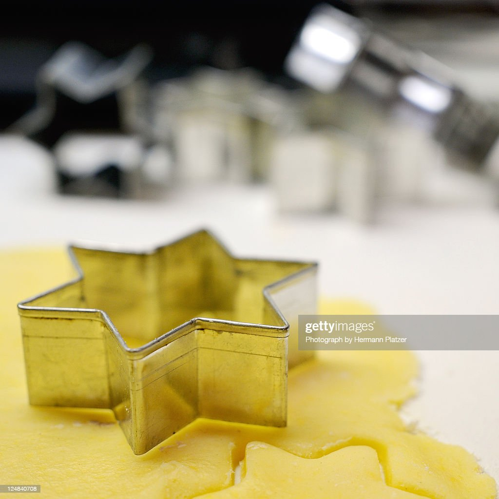 Cutting cookies : Stock Photo