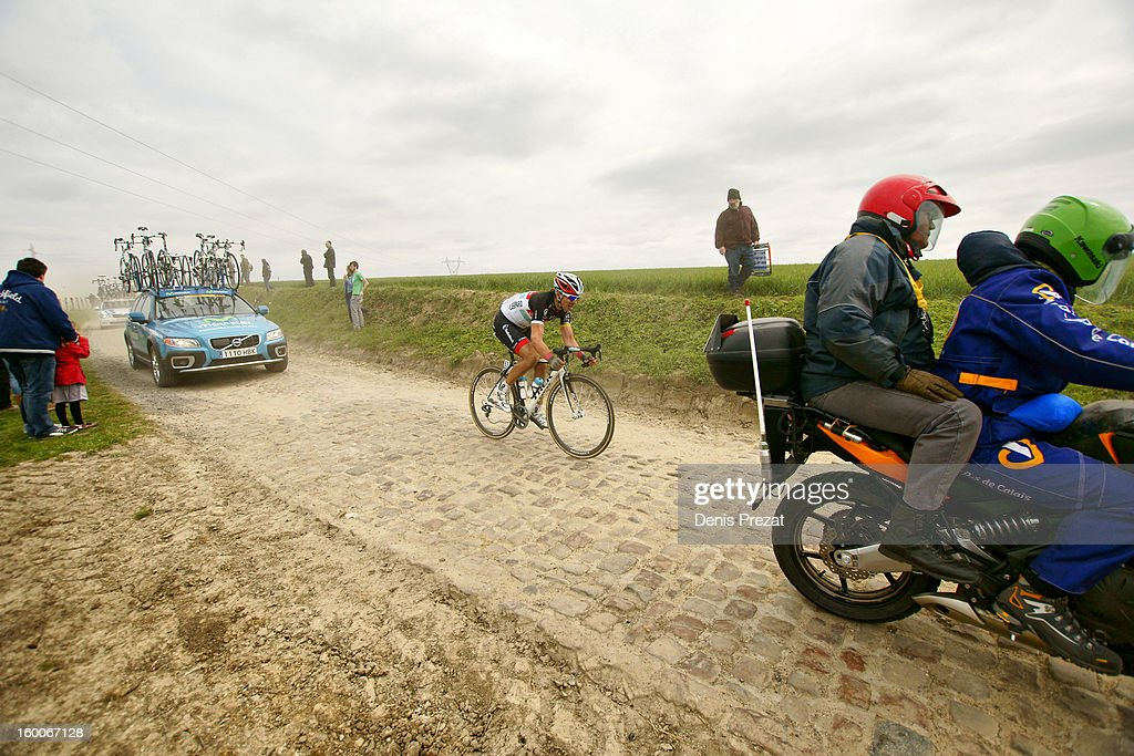 Paris - Roubaix 2012 Tony Gallopin du Team Léopard dans le secteur pavé de Monchaux sur Ecaillon