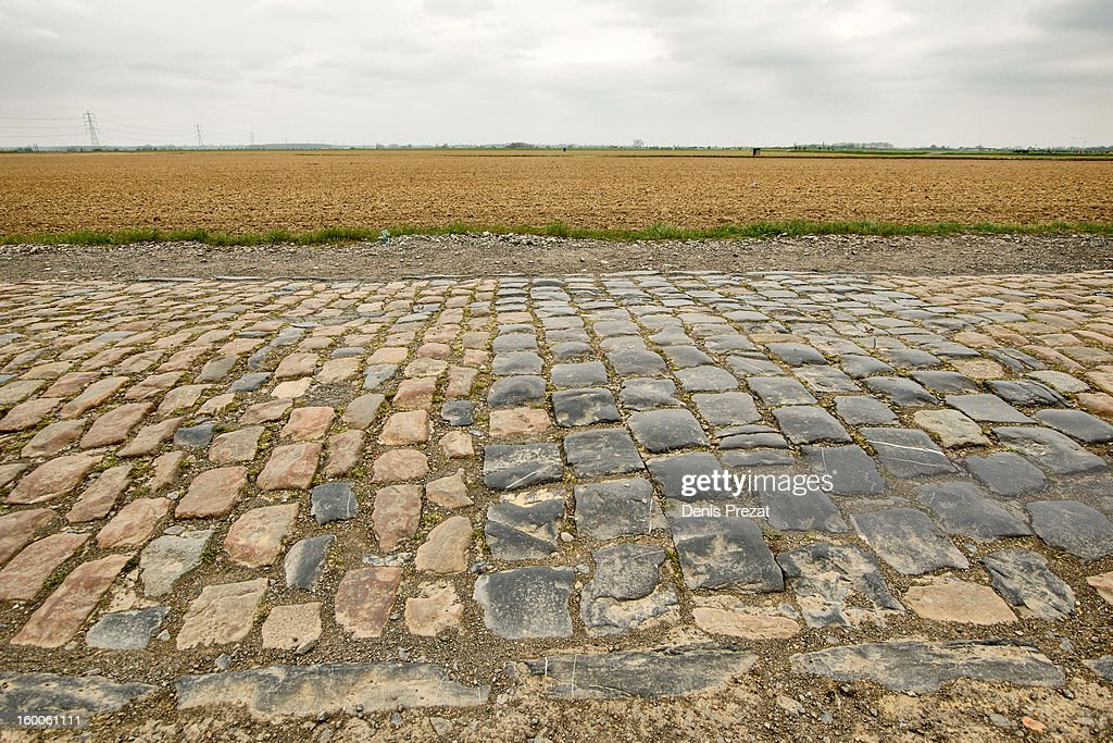 Paris - Roubaix Secteur pavé de Gruson Cobbles on the North of Hell