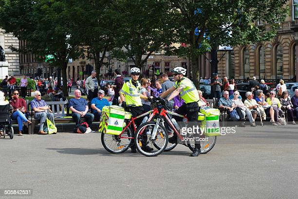 Cycle response team and members of the public in Glasgow