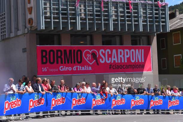 100th Tour of Italy 2017 / Stage 16 Start / Fans / Public / Michele SCARPONI / Parrot Bird / Rovetta Bormio / Giro /