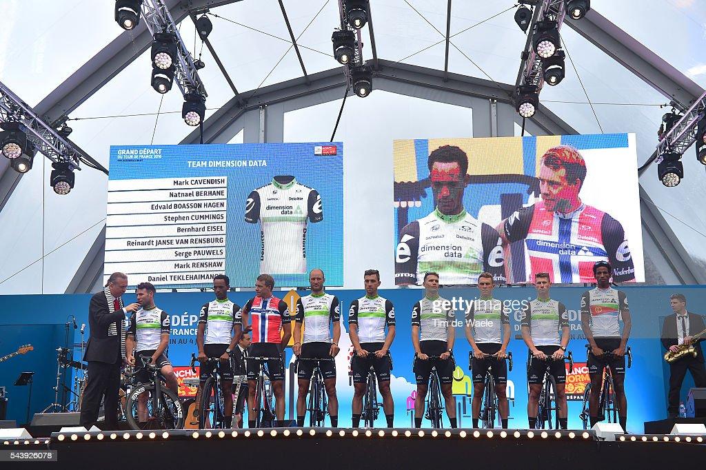 103rd Tour de France 2016 / Team Presentation Team DIMENSION DATA (RSA)/ Mark CAVENDISH (GBR)/ Natnael BERHANE (ERI)/ Edvald BOASSON HAGEN (NOR)/ Stephen CUMMINGS (GBR)/ Bernhard EISEL (AUT)/ Reinardt Janse VAN RENSBURG (RSA)/ Serge PAUWELS (BEL)/ Mark RENSHAW (AUS)/ Daniel TEKLEHAIMANOT (ERI)/ TDF /
