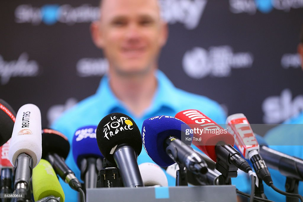 103th Tour de France 2016 / PC Team Sky Illustration / Christopher FROOME (GBR)/ Micro / Press Conference Team Sky (GBR)/ TDF /
