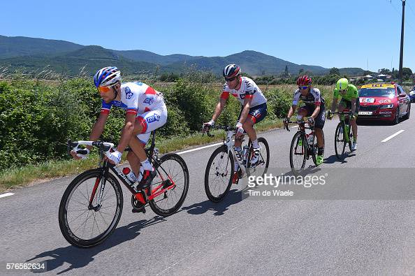 //media.gettyimages.com/photos/cycling-103th-tour-de-france-2016-stage-14-jeremy-roy-martin-elmiger-picture-id576562634?s=594x594)