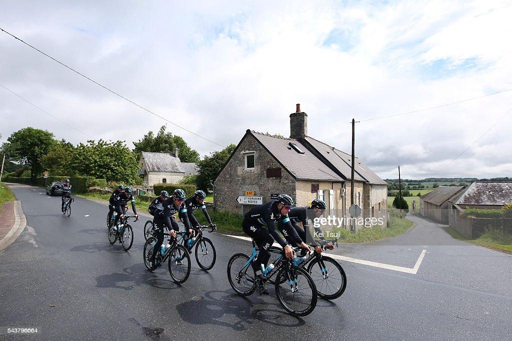 103th Tour de France 2016 / Training Team Sky Luke ROWE (GBR)/ Ian STANNARD (GBR)/ Christopher FROOME (GBR)/ Geraint THOMAS (GBR)/ Training Team Sky (GBR) / TDF /
