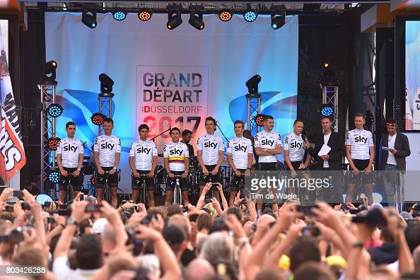 http://media.gettyimages.com/photos/cycling-104th-tour-de-france-2017-team-presentation-team-sky-froome-picture-id803426288?s=594x594