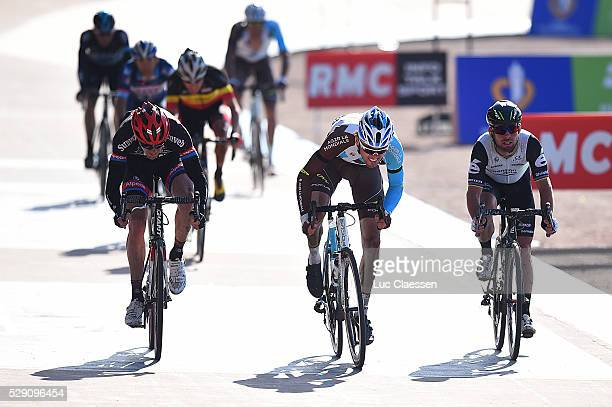 114th Paris Roubaix 2016 Arrival / DANIEL Maxime / ARNDT Nikias / CAVENDISH Mark / Compiegne Roubaix / Parijs PR / Tim De WaeleLC/Tim De Waele/Corbis...